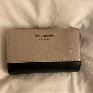 Kate spade corner zip wallet black nude